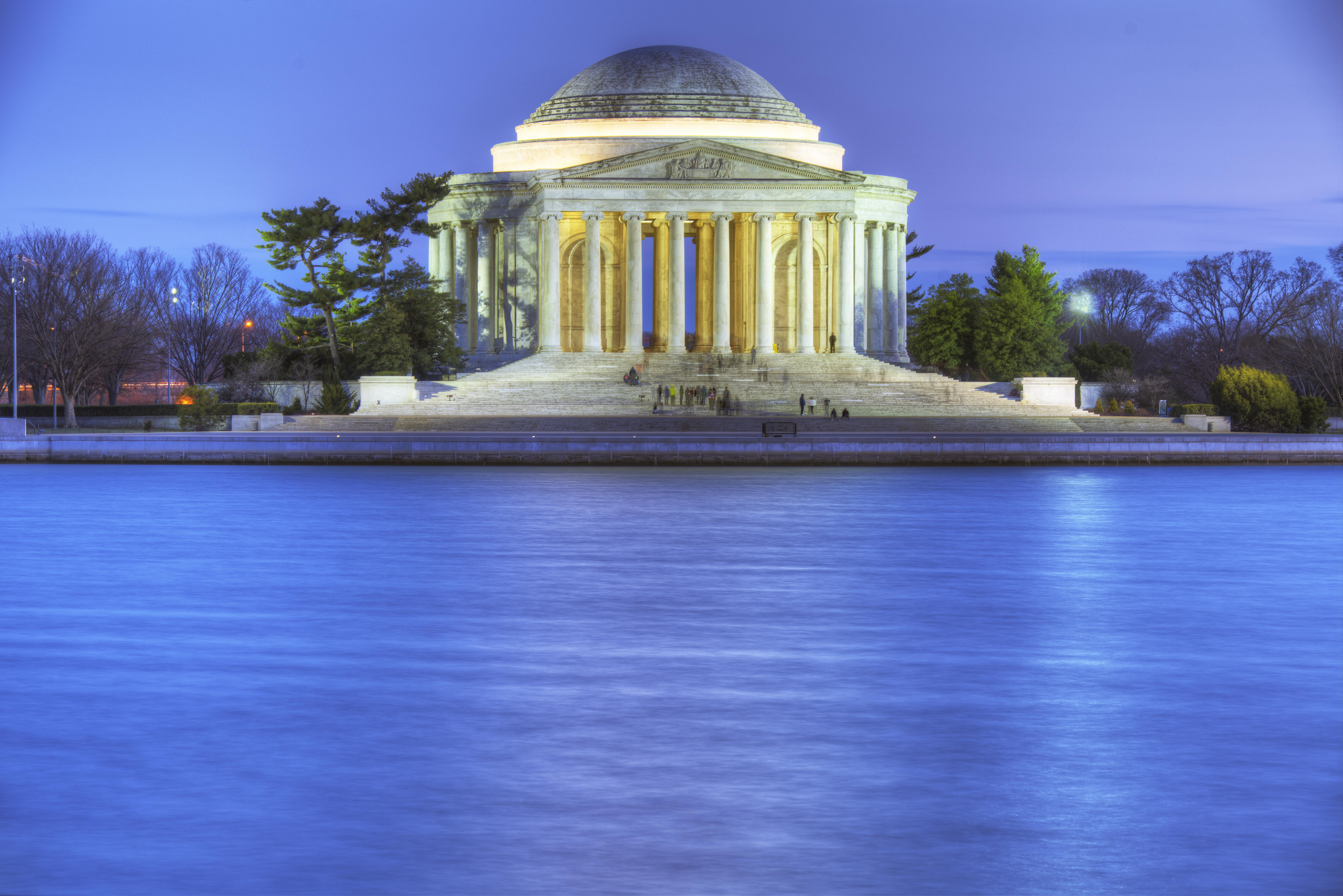 Jefferson Monument - Copyright Gerard McIntyre 2014. All rights reserved.